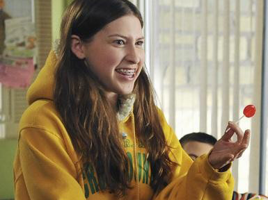 How Old Is The Actress Who Plays Sue Heck On The Middle