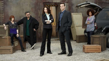 warehouse-13-cast-photo_cast_13_129018129013___CC___640x360-550x309