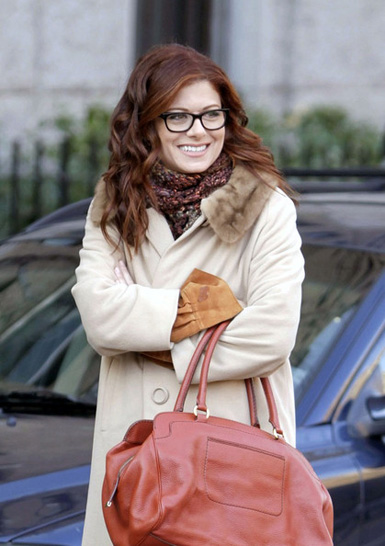 Today S Tv Addict Top 5 Star Debra Messing Talks Smash