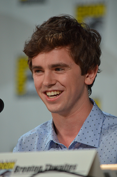 Sdcc Scoop Freddie Highmore Vera Farmiga Nestor